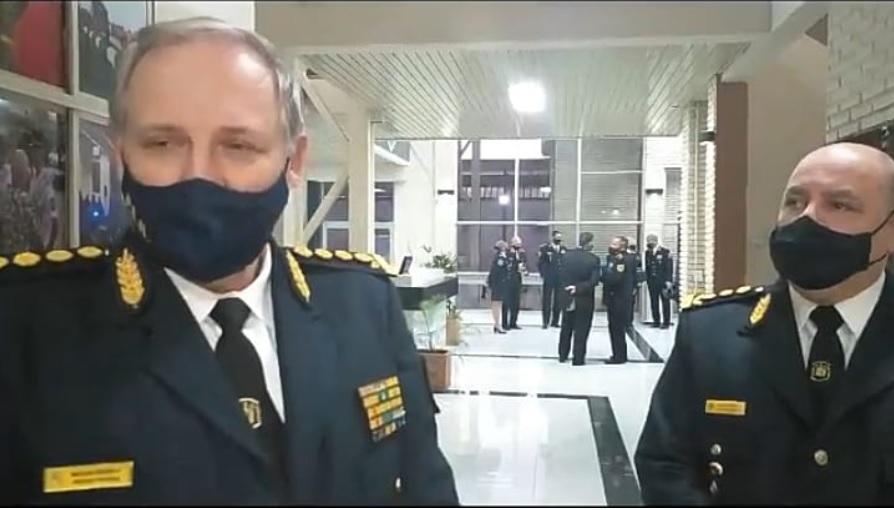 Jefe de Policía, Crio. Gral. Gustavo Maslein, junto al Subjefe, Crio. Gral. Alejandro Lauman